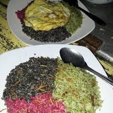 Kreasi Nasi Goreng Warna-warni di Thole Kitchen