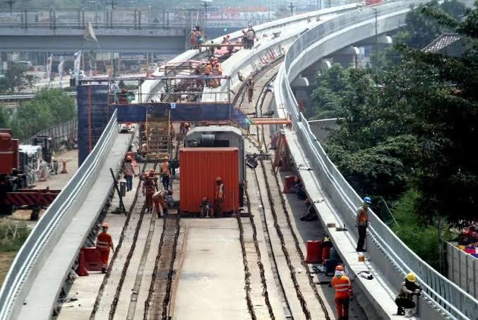 Pembangunan LRT Sudah Mencapai 58%
