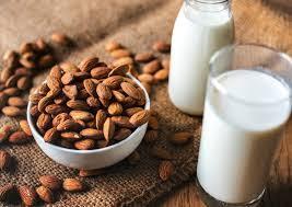 Hmmm Lezatnya Susu Kacang Hazelnut Dan Bisa Kamu Buat Sendiri