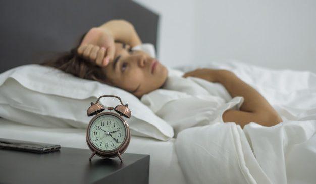 Sering Bangun Di Jam 1-3 Pagi? Ini Maknanya
