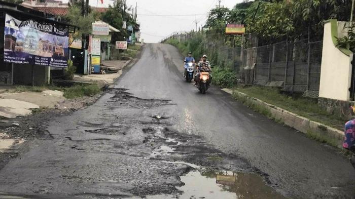 Jalan Gas Alam Depok Diperbaiki