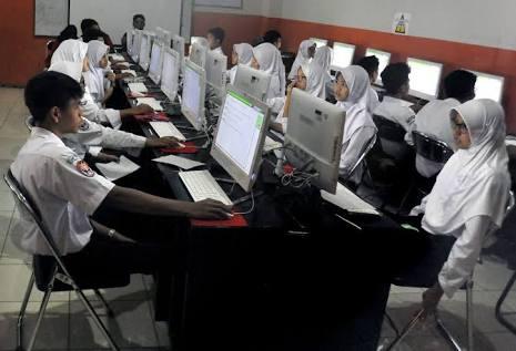 Server Sempat Eror di UNBK Hari Pertama Kota Bekasi