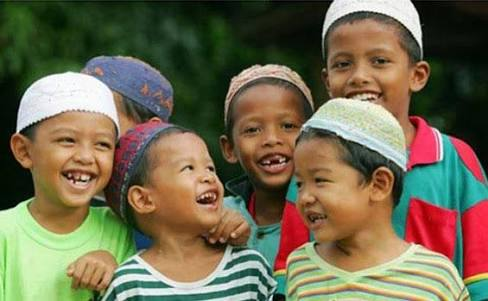 Diskominfo Depok Santuni Puluhan Anak Yatim