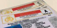 Satlantas Depok Bagikan Nasi Bungkus Bagi Warga Yang Perpanjang SIM Setiap Hari Jumat