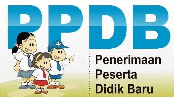 Antrian Pendaftaran PPDB SMA di Depok
