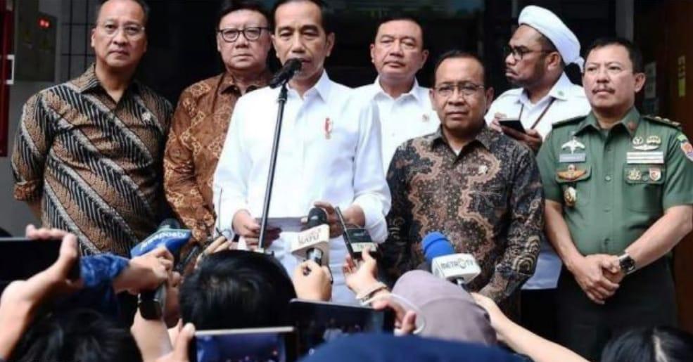 Tanggapan presiden Indonesia Jokowi tentang tragedi penusukan Wiranto