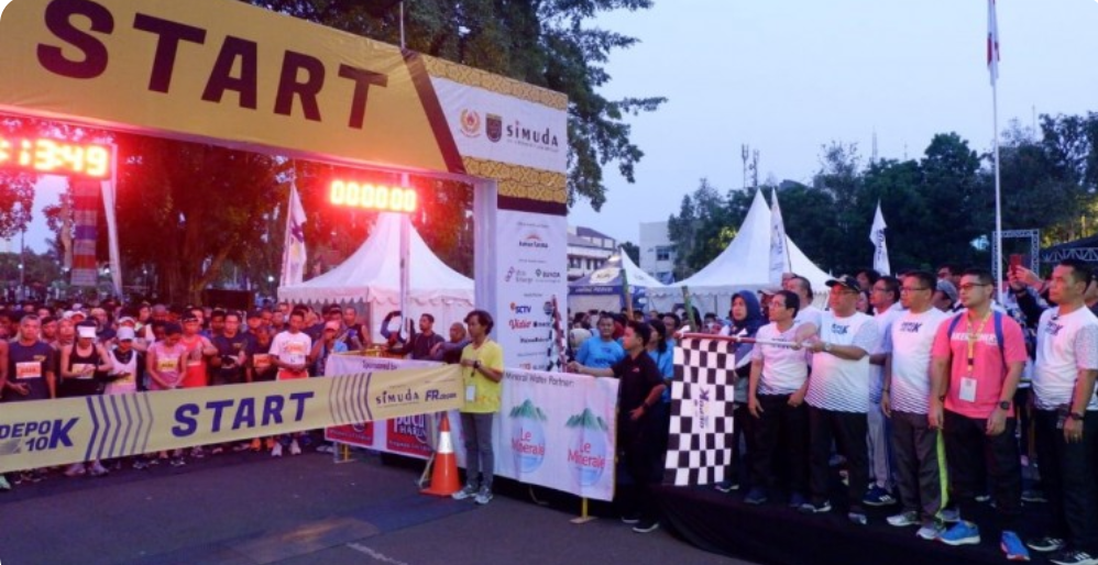 Kota Depok Mengadakan Acara Lomba Lari 10 K yang Diikuti Ribuan Peserta