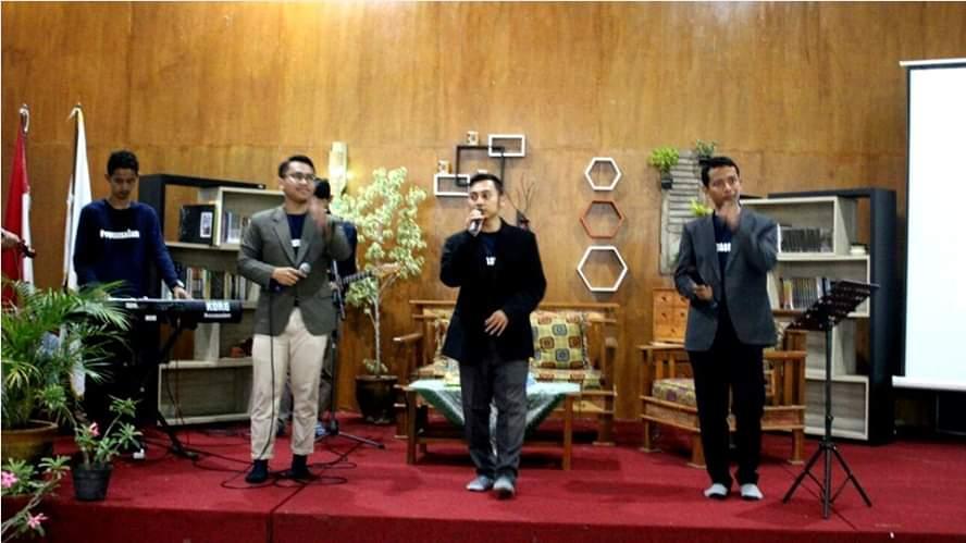 Tampil di Cirebon, Vocassalam Maknai Pentingnya Peran Keluarga Bagi Generasi Muda