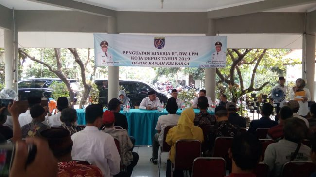 Gaji RT Di Depok akan naik 1 Juta Per bulan Pada Tahun 2021