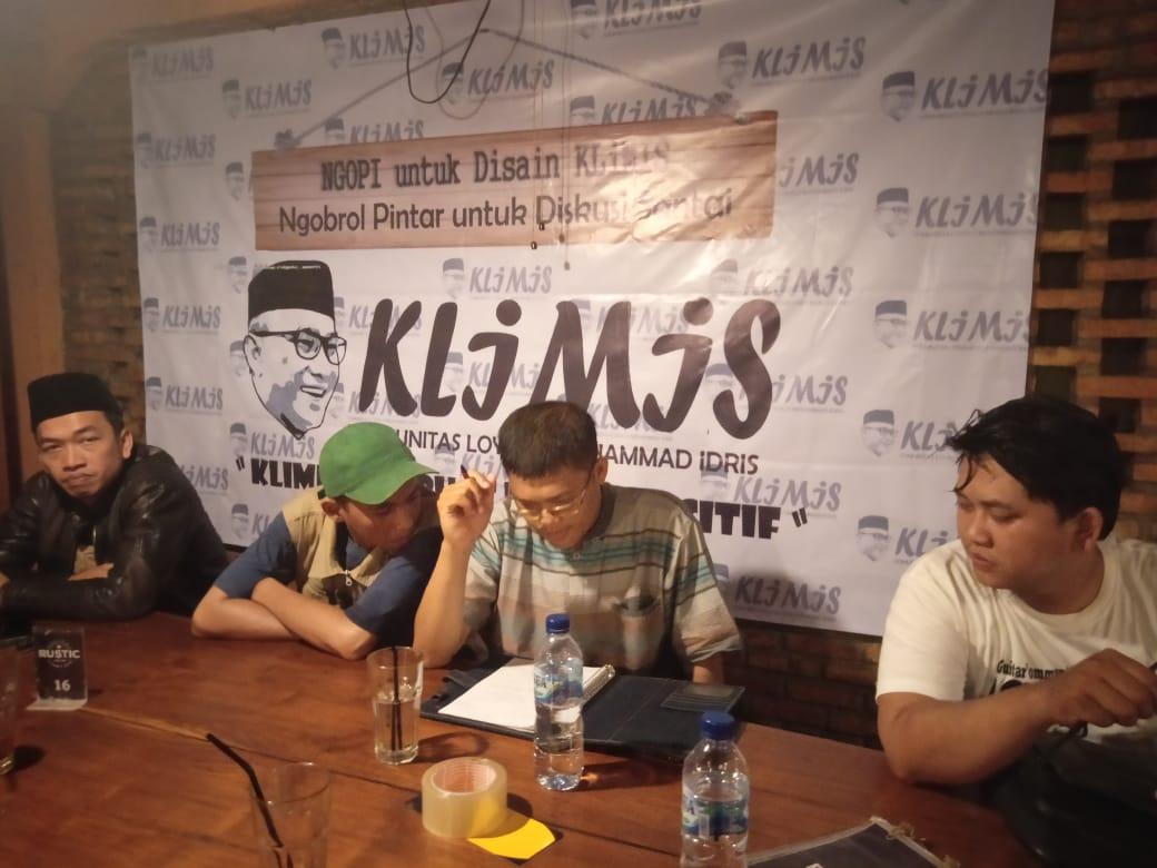Gerindra Dan PDIP berkoalisi, Klimis Dan Jari Tak Bergeming Dukung Kiai Idris
