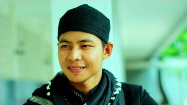 Akmal Jinan Rilis Lagu 'Sabar dan Sholat'