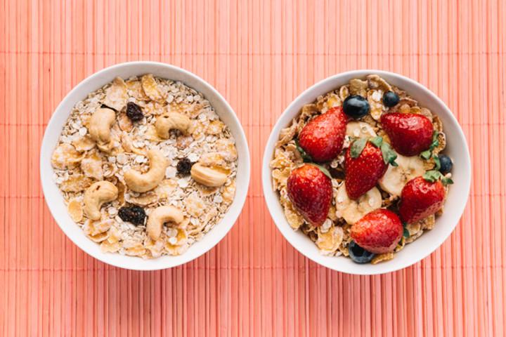 Apakah Rutin Makan Oatmeal Bisa Menurunkan Berat Badan?