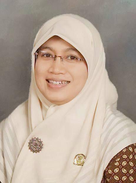 Farida T. Rahmayanti Apresiasi Lomba Depok Creativity