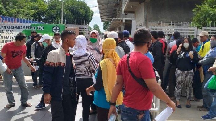 Jual Masker, Perusahaan di Depok Wajibkan Pembeli Bawa Surat Keterangan RT atau RW