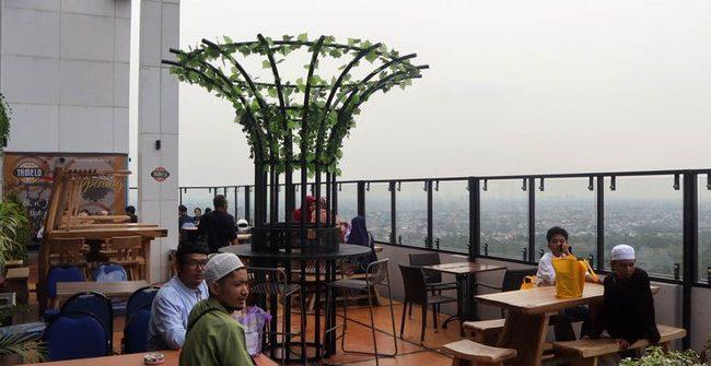 Tamelo Atap Cafe, Hindangkan Pengalaman Makan Luar Biasa