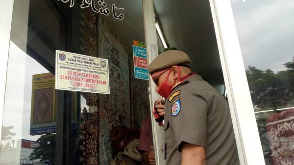 Pemkot Depok Akan Cabut Izin Toko yang Bandel saat PSBB