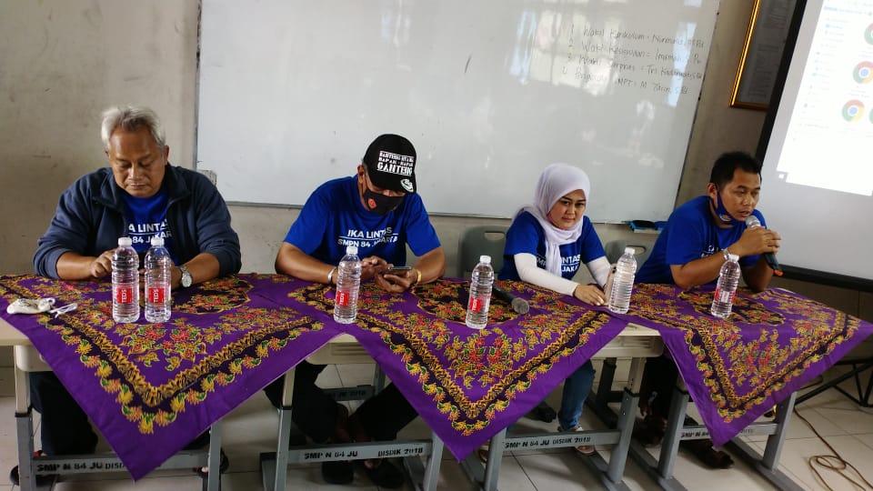 Peserta rapat rencana Reuni Akbar Ika Lintas SMP 84 Jakarta
