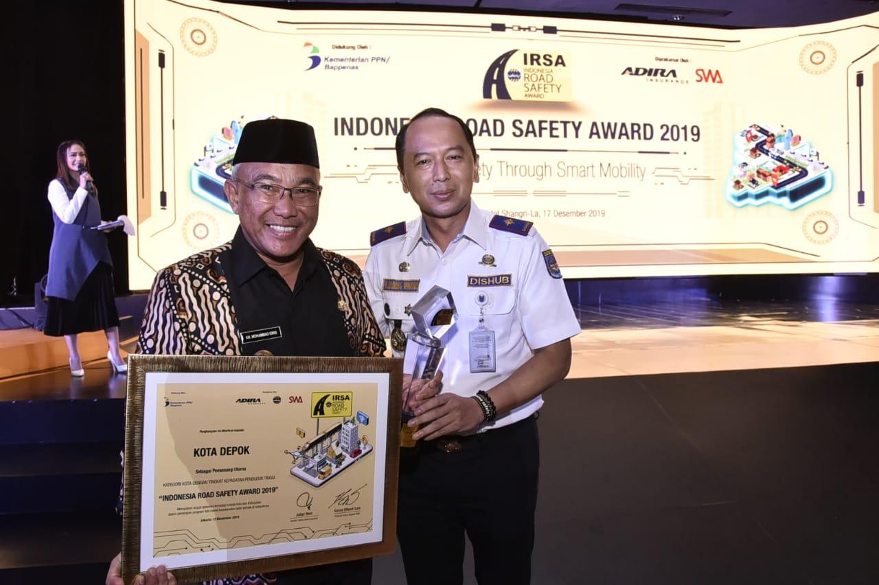 Pemkot Depok Berhasil Meraih Indonesia Road Safety Award