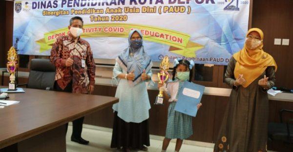 Siswa Yang Lakukan PJJ dari Rumah Diberikan Penghargaan Oleh Disdik Depok